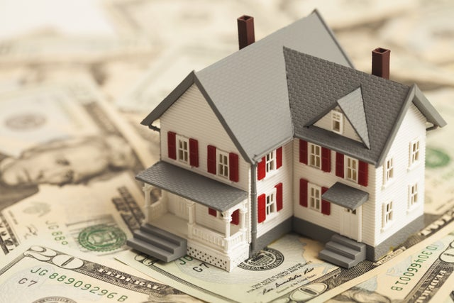 Realty firm launches a program that arms buyers with more cash to bid on their next home