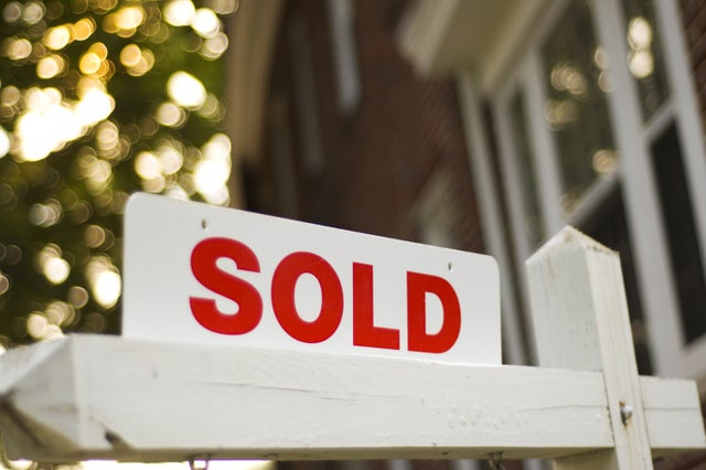 Home sales and prices surged across Mass. in 2020, especially in vacation spots