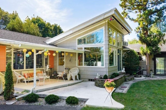 Just Listed: New Bedford home looks to make a splash with a retro pool