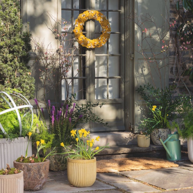 Spring House Hunt: Tips for bumping up your home's curb appeal