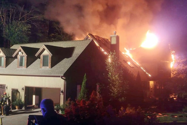 Fire engulfs home of cooking show star Rachael Ray