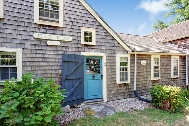 Home of the Week: An award-winning Cape antique with a pond for $524,900
