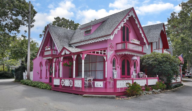 That pretty pink house on Martha's Vineyard has hit the market