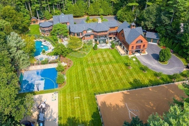 Luxury Home of the Week: For $9.99 million, a Weston equestrian property abutting trails